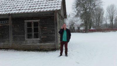 Expedició a casa de Jonas Jonasson, a Gotland, Suècia. Catedral presenta 'L'Assassí que va somiar amb un lloc al cel'